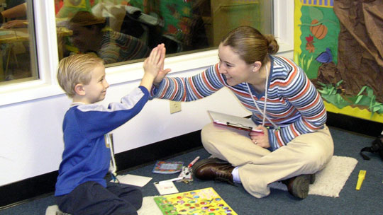 Assisting a deaf child in a learning situation